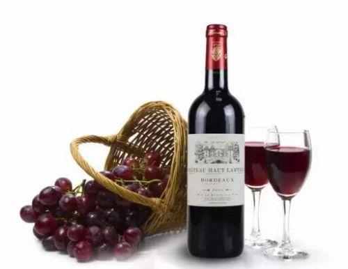 怎样喝葡萄酒健康?睡前喝红酒的好处有哪些?