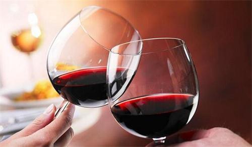 国产葡萄酒VS进口葡萄酒,进口葡萄酒更具优势