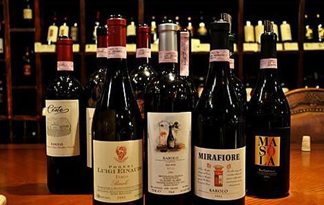意大利红酒,酿酒葡萄很丰富的一个品牌!