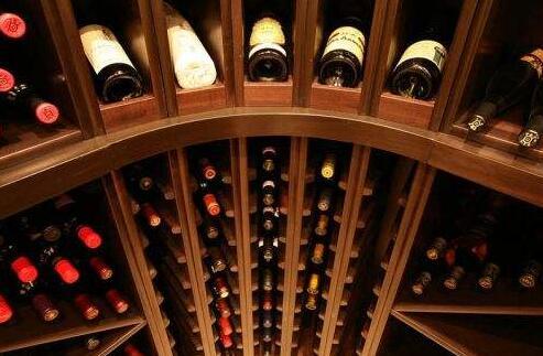 告诉你怎样才能成为红酒收藏大师