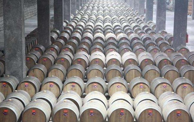 橡木桶对葡萄酒究竟做了什么改变?
