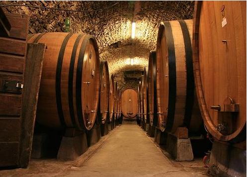 什么是陈酿葡萄酒?怎么陈酿葡萄酒?