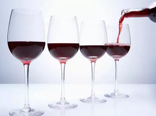 """神奇的红葡萄酒能让衰老细胞重获""""新生"""""""
