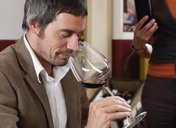 葡萄酒的功效:喝葡萄酒能让我们省这么多钱