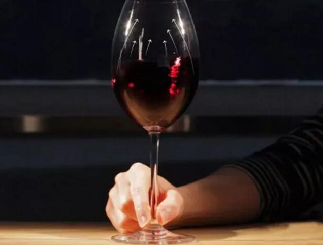 喝红酒时间长了,只有老司机才会经历的七件事