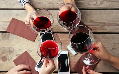 经常适量饮用红酒的好处具体有哪些?