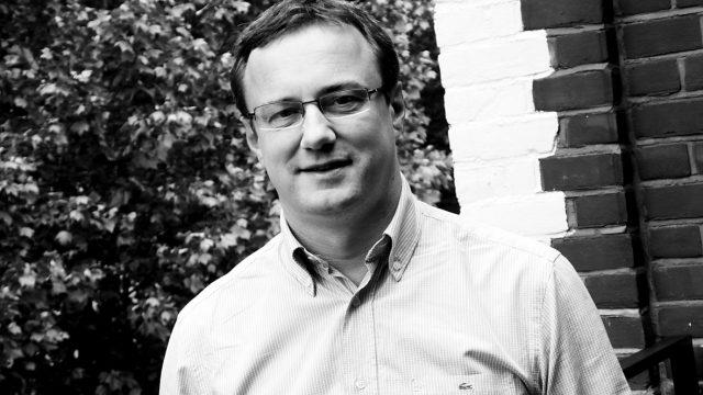 尼尔·马丁担任葡萄酒志Vinous网站的高级编辑