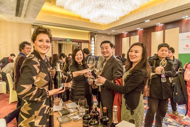 """意大利""""慢食红酒之旅·北京发布会""""日前在北京举办"""
