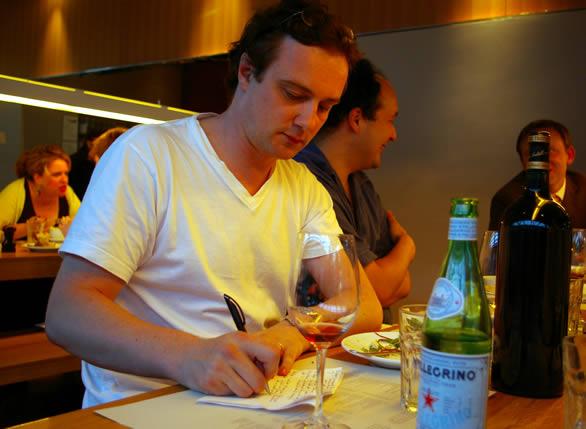 尼尔·马丁:葡萄酒界最具影响力的酒评家之一