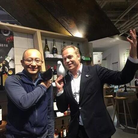 陆江:勃艮第最大酒商采访录