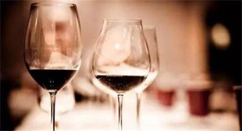 传统葡萄酒电商难以匹配现有的葡萄酒市场需求