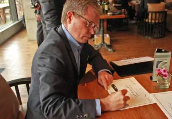 对话周伯通酒庄首席酿酒师Jean-Dominique