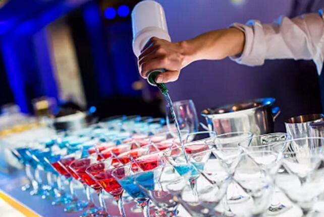 喝酒时为什么你总比别人更容易醉?这就是原因!