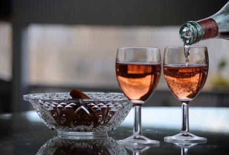 品味红酒文化,见识红酒魅力!