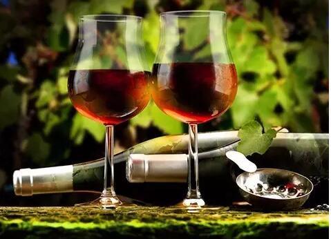 自酿葡萄酒有毒吗?自酿葡萄酒有保质期吗?