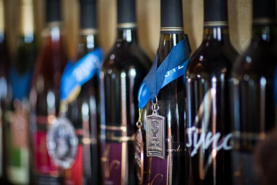 安耶拉酒庄(Anyela's Vineyards)