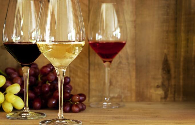 葡萄酒加盟商如何开拓市场,吸引消费者关注?