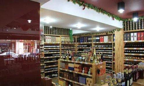 酒老板如何在6年内增加60家葡萄酒专卖店?