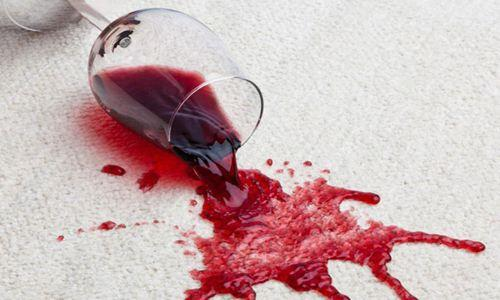 葡萄酒弄脏了衣服怎么办?给你5个去污技巧