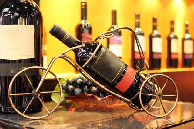 真正懂葡萄酒的人会注意这两个细节
