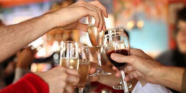 最新研究:在酒精伤肝机制下,喝酒不一定会伤肝