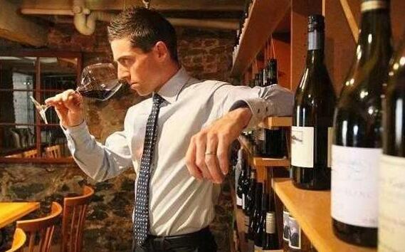 品酒师和侍酒师的区别,涨知识了!