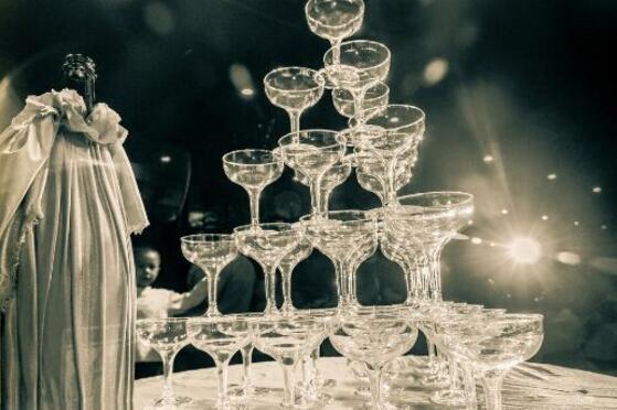 香槟塔的摆放技巧