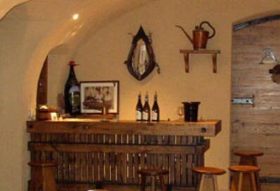 圣女酒庄(Domaine de La Madone)