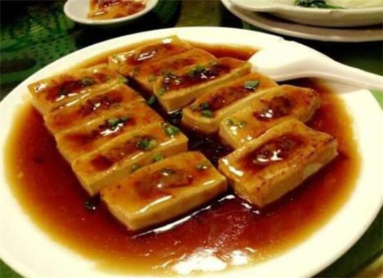 红酒酿豆腐,一道特别的美食