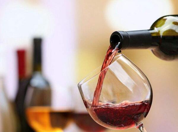 不爱高单宁葡萄酒,是不是对