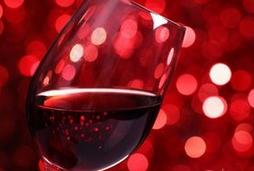 华盛顿州的哥伦比亚峡谷产最著名葡萄酒?