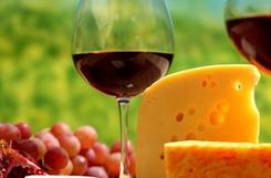 葡萄酒开瓶要在最佳饮用期吗?