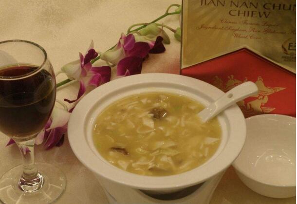 葡萄酒搭配汤,这是一个不容易搭配的组合!