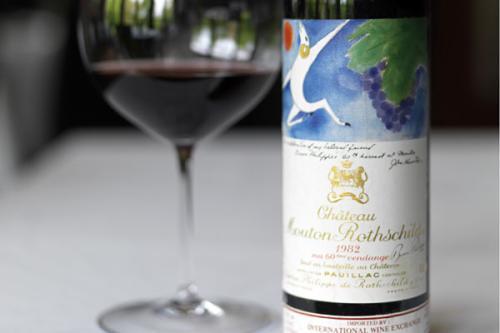 品美酒需要不同的葡萄酒杯 你知道吗