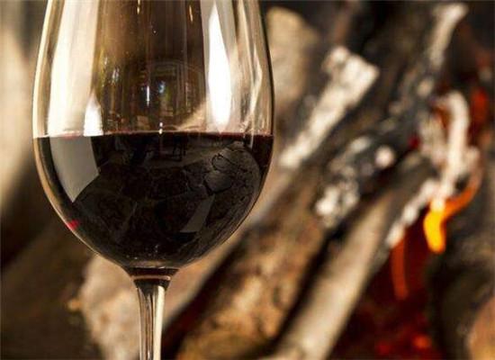 元宵节的汤圆,与葡萄酒也很配