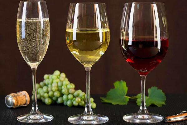 想减肥,喝花草红酒