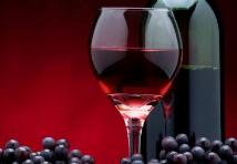 葡萄酒开瓶是一项慎重且优雅的动作,你知道吗?