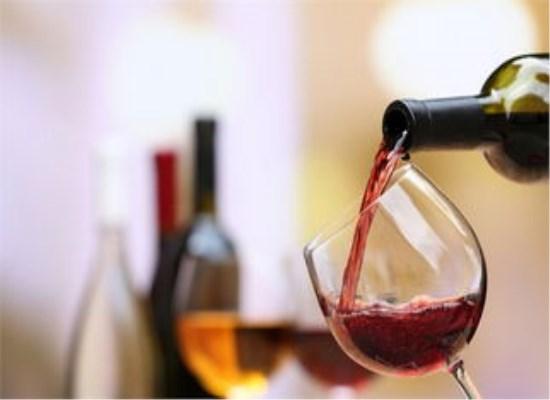 为何自酿葡萄酒会变酸