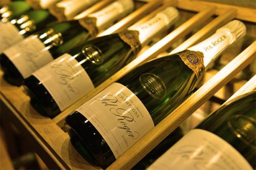 解读葡萄酒标上标葡萄品种和标产区