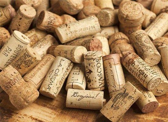 葡萄酒陈年为何离不开瓶塞