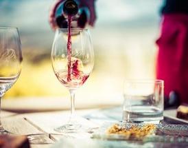 商务送礼选择葡萄酒的6大理由,你知道吗?