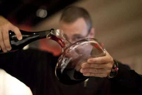 红葡萄酒最全健康功效有哪些