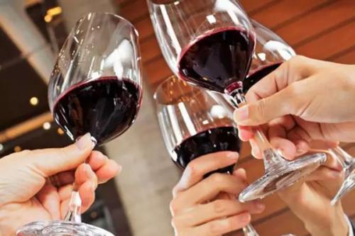 葡萄酒被木塞污染有湿蘑菇味?