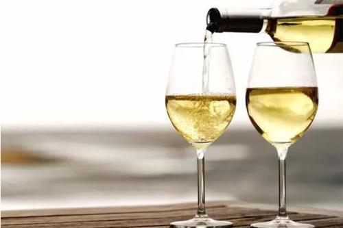 葡萄酒含抗氧化物 可帮助抗衰老和美容