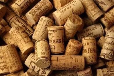 红酒软木塞 为什么开红酒后闻一下软木塞?