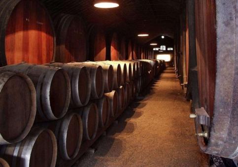 橡木桶对红酒作用 揭秘橡木桶与葡萄酒关系