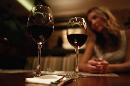 """梅洛葡萄为什么说是波尔多葡萄品种的""""温柔""""典范"""