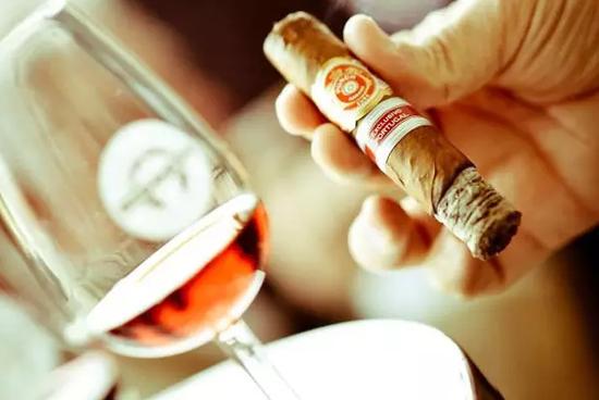 雪茄和波特酒的三种最佳搭配