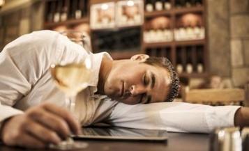 喝醉酒怎么办 喝苹果醋能解酒吗?