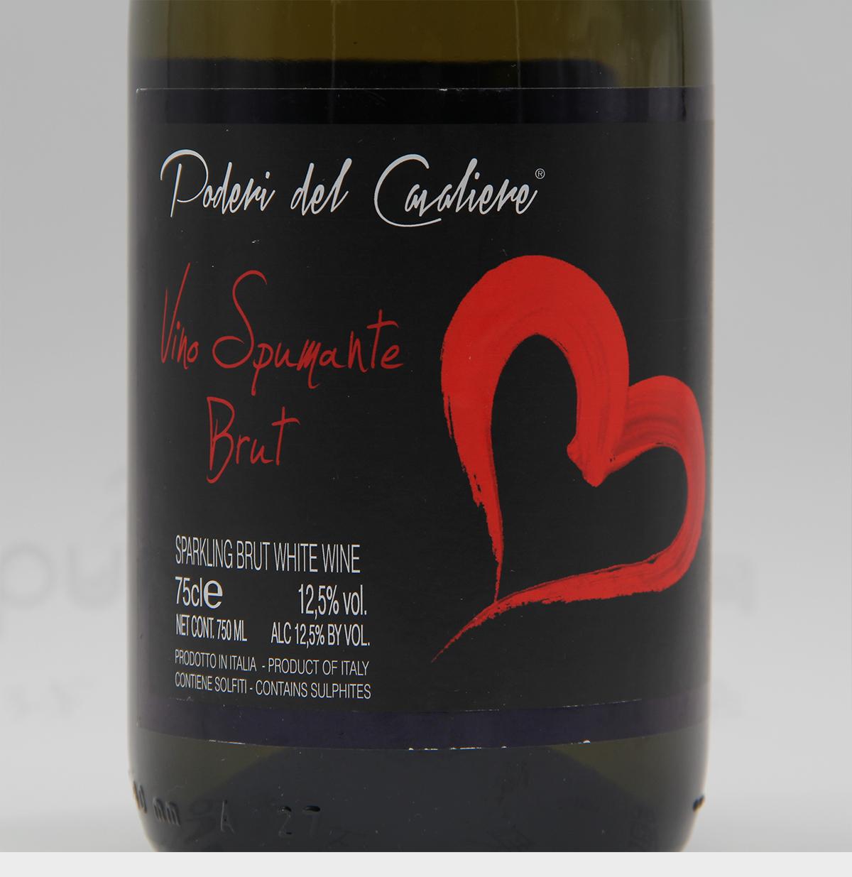 意大利皮埃蒙特德格里约酒庄骑士之地黑比诺天然干型起泡葡萄酒